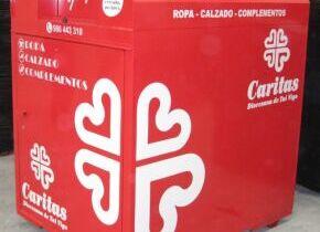 El Ayuntamiento de Palazuelos de Eresma firma un convenio con Caritas para la recogida de ropa usada en el municipio